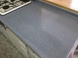 人造大理石風?キッチン面台のはがれ補修です