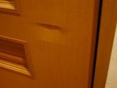 ドアのヘコミ