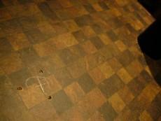 カウンター天板のビス穴