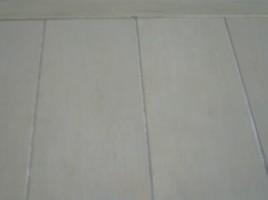 退去物件の床