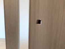 賃貸マンション ドア穴補修