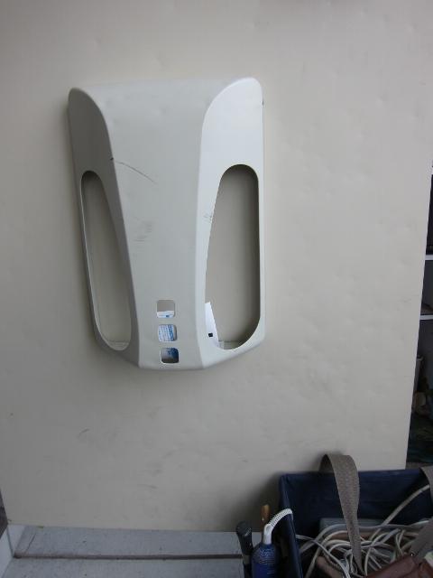AP玄関ドアの凹み