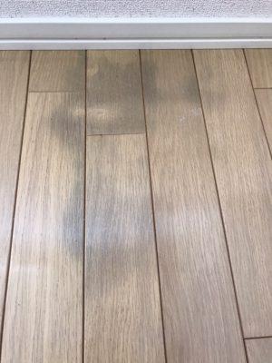 床シミ補修
