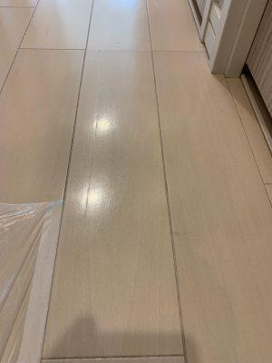 冷蔵庫搬入時の床ヘコミ